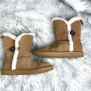 American Eagle Outfitters Women's Faux Fur Boots